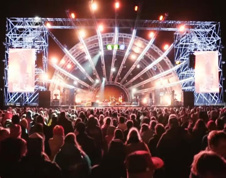 Пандемию Covid-19 музыканты сравнили с гигантским фестивалем-убийцей