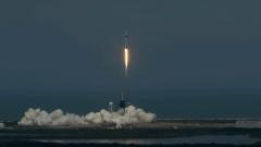 Опубликовано видео взлета корабля Илона Маска с космонавтами