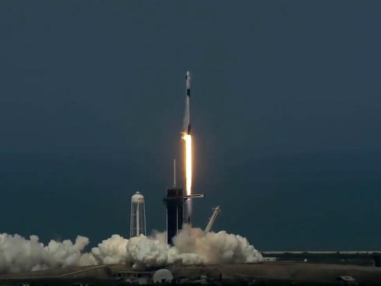 Трамп назвал запуск Crew Dragon «триумфальным возвращением к звездам»