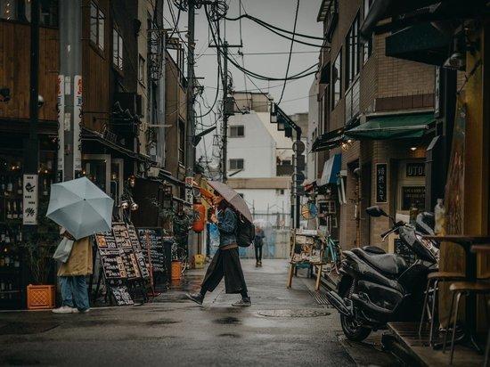 Япония может смягчить ограничения на въезд для граждан четырех стран