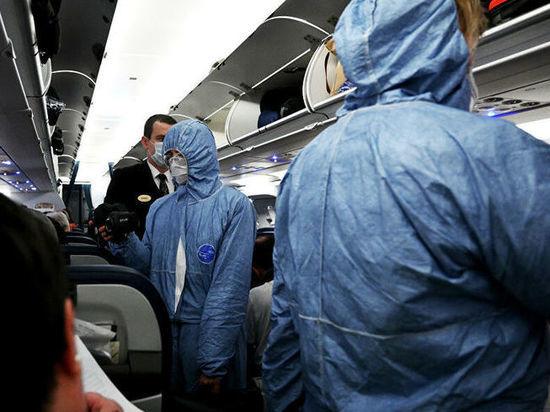 Пассажирам аэропорта Абакан рассказали о правилах поведения на борту в период пандемии