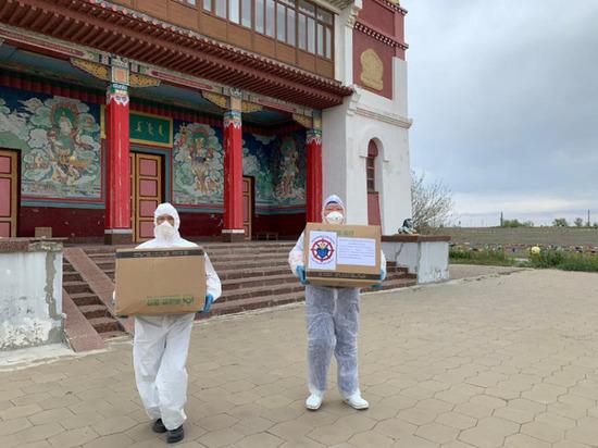 В Калмыкии инфекционному госпиталю оказана благотворительная помощь