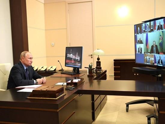 Песков рассказал о «беспрерывно» работающем Путине из-за проблем в стране