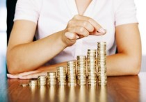 Деньги костромичей: средняя зарплата выросла, но уменьшилась
