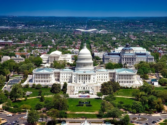 В Вашингтоне объявили комендантский час