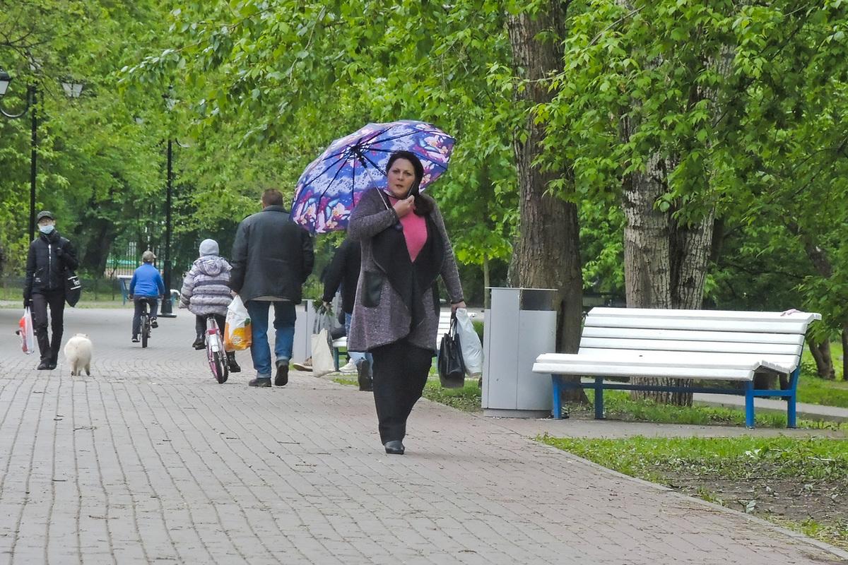 Дождь не помешал жителям столицы вырваться на свободу