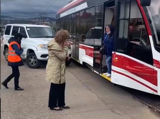 В Улан-Удэ машина охранного агентства врезалась во «Львенка»