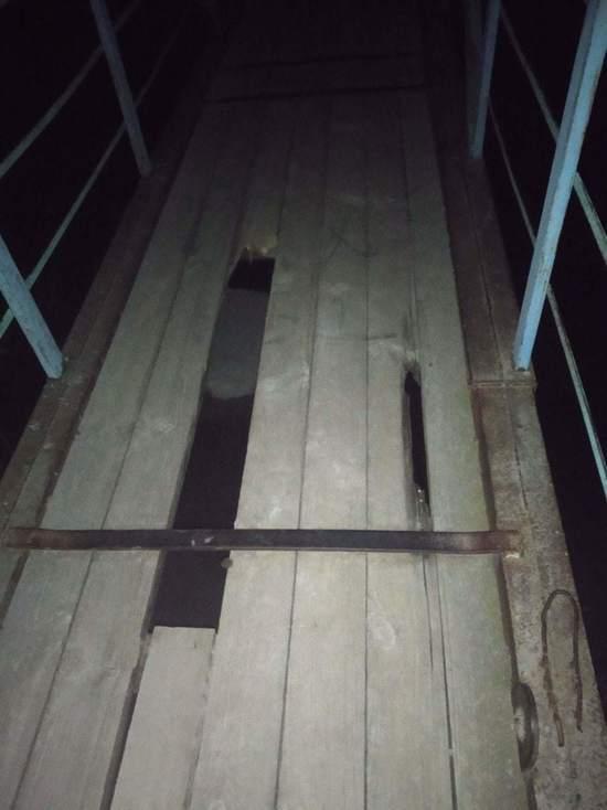 Дырявый мост стал «визитной карточкой» калмыцкого райцентра