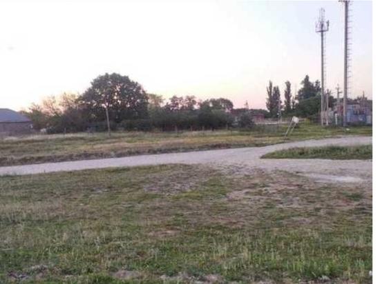 На русское кладбище в Дагестане наступают вышки 5G и не только