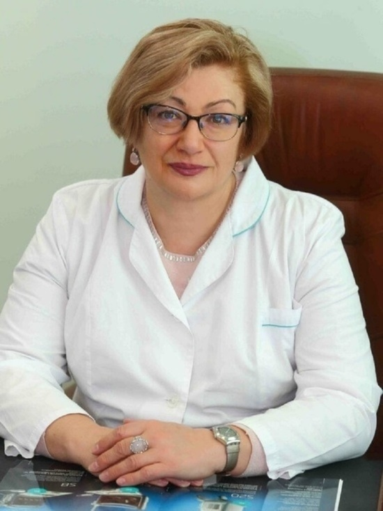 Главврача калужской инфекционки с коронавирусом перевезли в Москву