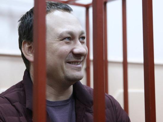 Четырёх экс-полицейских по делу Голунова оставили под стражей до сентября