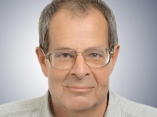 Ушел из жизни журналист, лингвист, профессор Александр Факторович