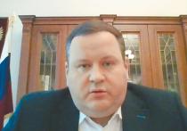 Министр труда и соцзащиты Антон Котяков поведал Совету Федерации о невеселой ситуации на рынке труда: на 10 вакансий — 18 соискателей, в Службу занятости приходит каждый третий уволенный