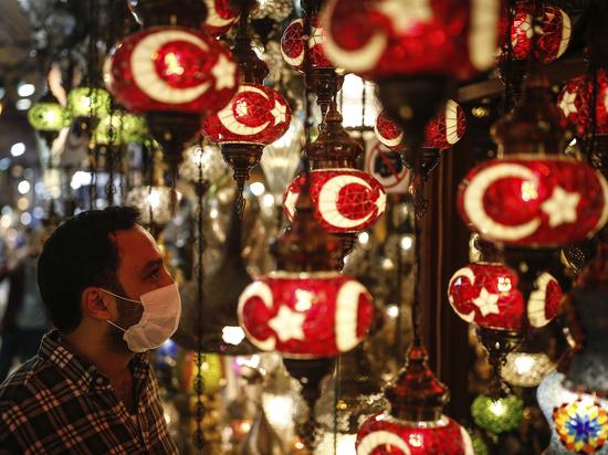 Турция открывает свои пляжи и отели