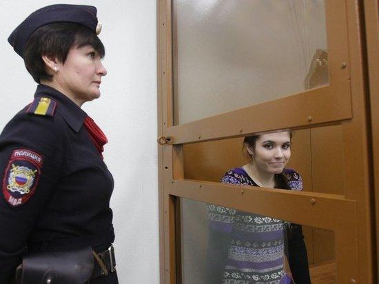 Полицейские просят суд установить надзор за Варварой Карауловой