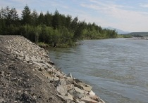Дамба на реке Ола в Магаданской области появится к концу года