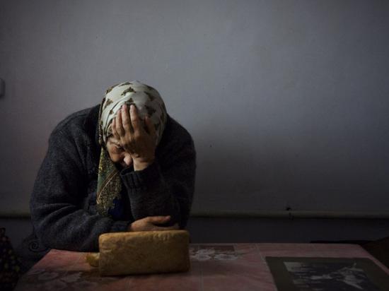 Грабитель под видом соцработника заставил пенсионерку из Торжокского района Тверской области отдать деньги