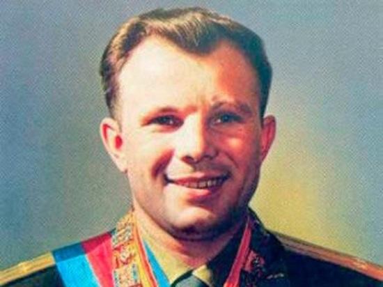 В Челябинской области на заводе появился лифт, говорящий голосом Гагарина