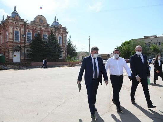 Андрей Бочаров проверил модернизацию инфраструктуры Ленинского района