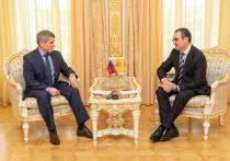 Николаев предложил Федорову продолжить представлять Чувашию в Совете Федерации