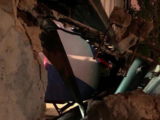 Авария в московском метро: поезд пробил стену тоннеля