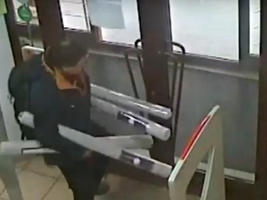 Про убийство похитителя обоев резко высказалась свердловский омбудсмен