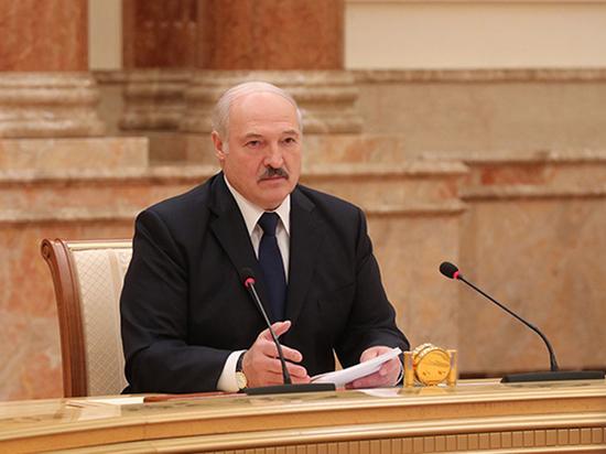 После смены правительства Белоруссии предрекли власть кулака и кнута