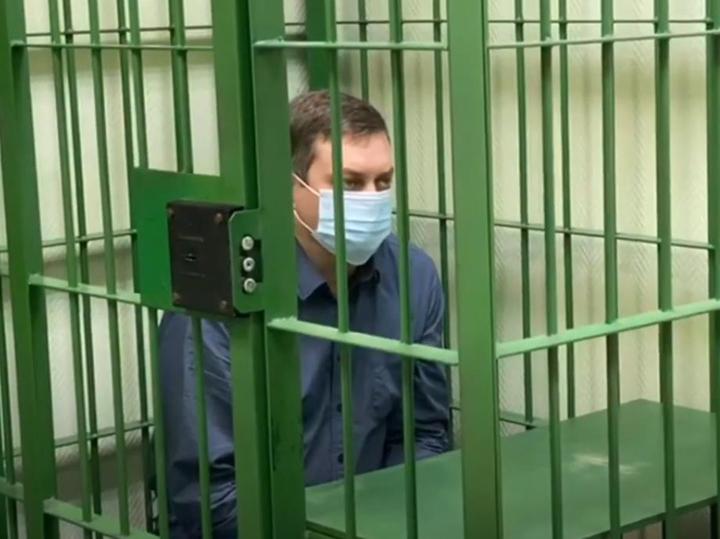 "Очевидец начала ЧП в Норильске: ""Тянулась река топлива"""