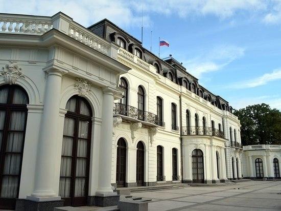 Чехия объявила о высылке двух российских дипломатов