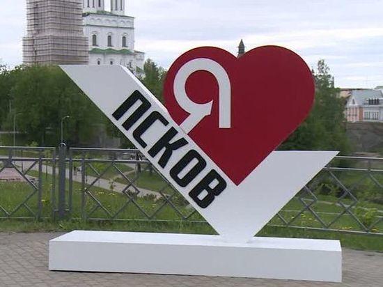 Я просто в шоке, это некрасиво: архитектор о новой инсталляции на псковской набережной