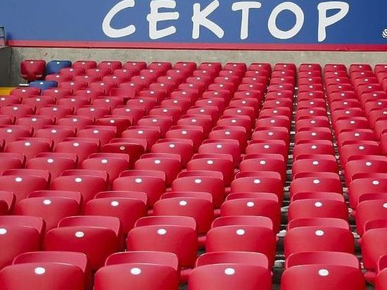 Здесь вам не Москва: регионы сами решат, пускать ли зрителй на трибуны