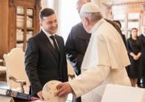 Зеленский обсудил с папой Римским пандемию и Донбасс