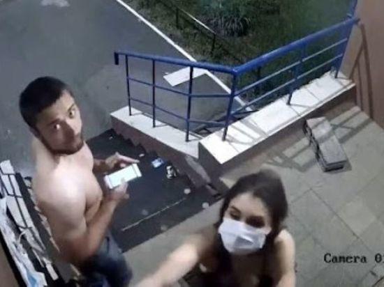 «Влюбленные» оренбуржцы дебоширили во дворе