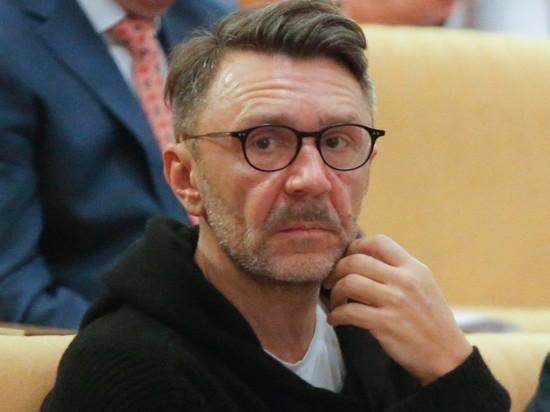 """Шнуров ответил """"тете Лере"""" Валерии насчет """"переобувания"""""""