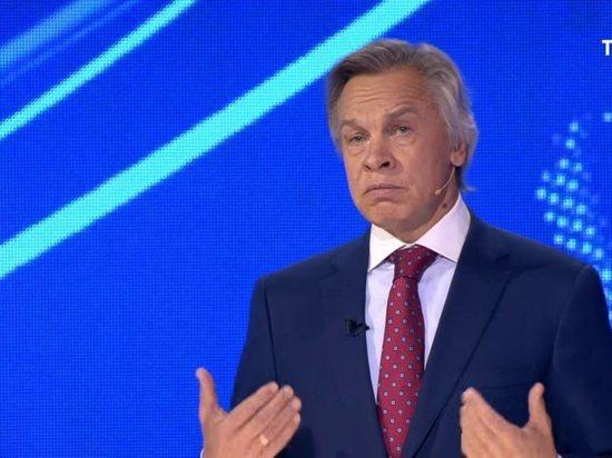 """Пушков ответил Макфолу на заявление о """"зеленых человечках"""" Путина"""