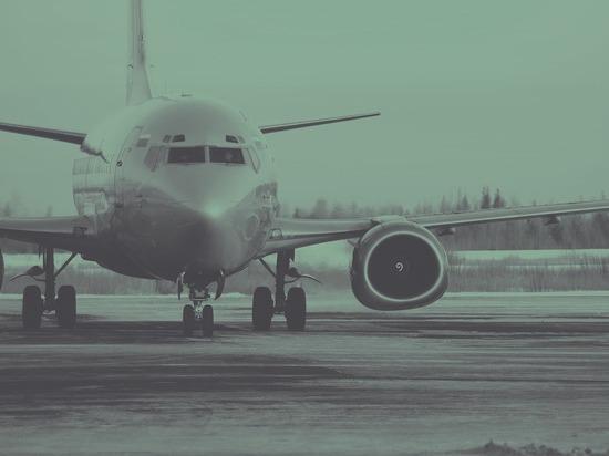 Вирусолог заявил, что в самолете легче всего заразиться коронавирусом