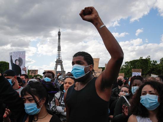 Американские протесты оказались заразными