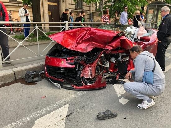 Стало известно имя водителя Ferrari, ставшего участником смертельного ДТП