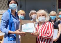 Соцработники Ставрополья получили защитные маски от Ольги Тимофеевой