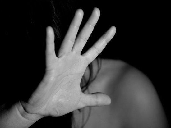В Москве избили и изнасиловали спасавшую детей от коронавируса медсестру