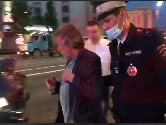 Пьяный Михаил Ефремов устроил крупную аварию в центре Москвы