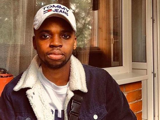 В Брянске водитель такси отказался везти студента из Африки