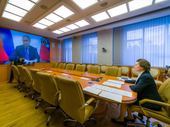 Президент России поддержал выдвижение Натальи Комаровой на пост губернатора Югры