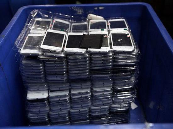 Мужчина пытался перевезти за границу Ростовской области мобильные телефоны общей стоимостью 700 тысяч рублей