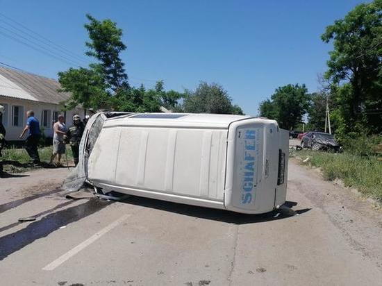 В Донецке произошло двойное ДТП: погиб водитель микроавтобуса