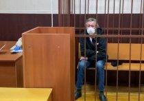 Жириновский: Ефремов должен сидеть в СИЗО, иначе он пьяный из окна выпадет