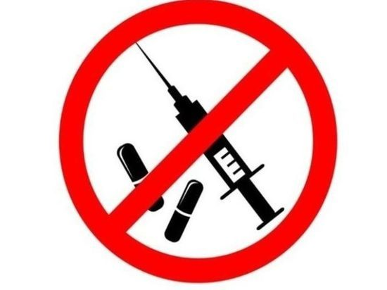 В колониях Бурятии рисуют плакаты против наркотиков