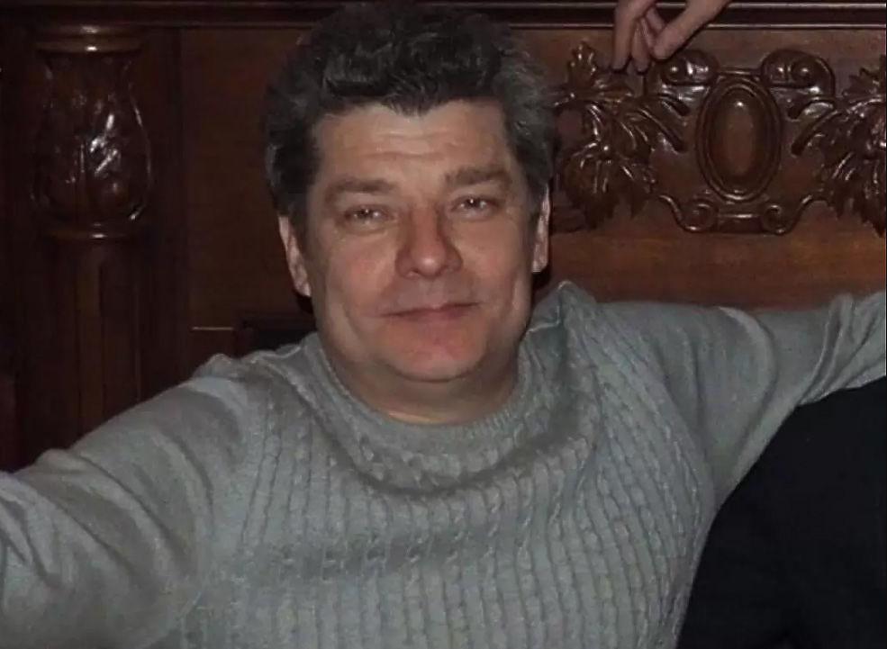 Погибшего в ДТП с Ефремовым водителя хоронили две жены