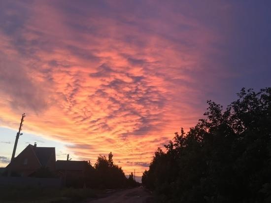 Жители Оренбуржья делятся фотографиями необычных природных явлений