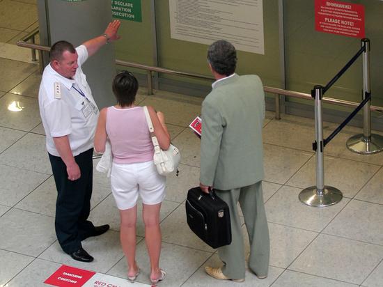 ЕС не спешит открывать границы: эксперт оценил шансы российских туристов